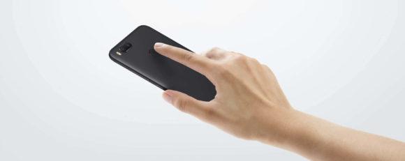 mia1 指紋認証をしている画像