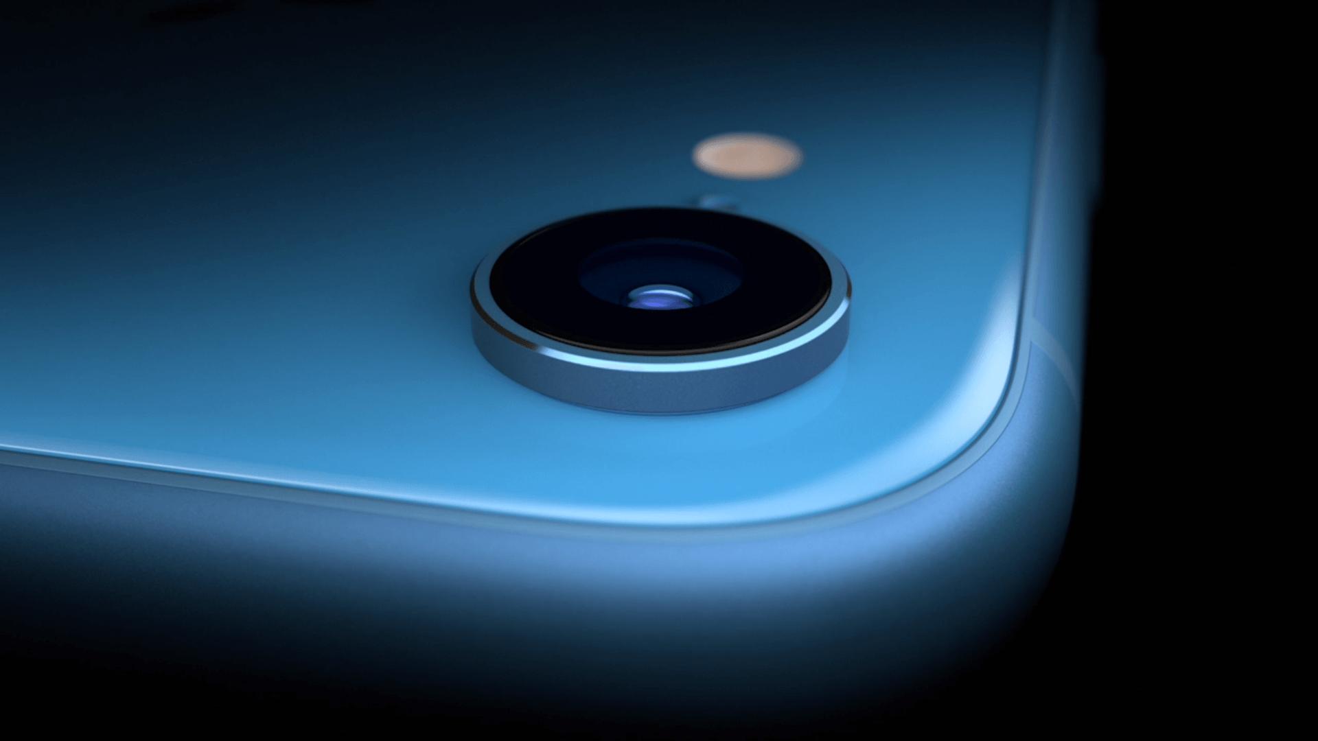 iphone XR カメラの出っ張り
